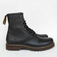 Sepatu Boots KULIT ASLI pria wanita 8 lubang/ HITAM /COKLAT
