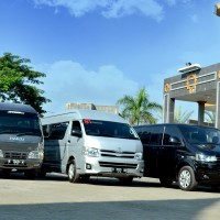 Sewa Rental Mobil Isuzu Elf Long 16 Seat Kota Malang dan Batu
