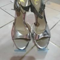 Sepatu Sandal Pesta Wanita / High Heels Brand Matahari Yongki Komaladi