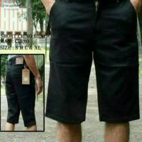 celana pendek chino / hitam