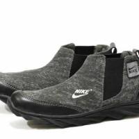 sepatu boots pria nike spring casual kerja kantor formal outdoor abu