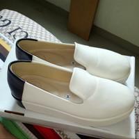 Harga 13th Shoes Travelbon.com