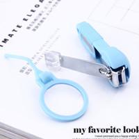 Nail Clipper + Kaca Pembesar Pemotong Kuku Kaki Tangan Menicure Pedi