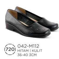 Sepatu Wedges Kulit / Sepatu Formal Kulit Wanita Azzurra ( 042-M112 )