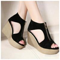 Jual Sepatu Wanita High Heels Wedges Hitam Suede M071 Murah dan Terlaris Murah