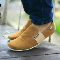 Sepatu casual santai adidas/slip on slop tanpa tali