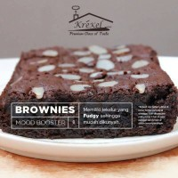 Jual brownies coklat bakar topping almond, chocochips, cheese Murah