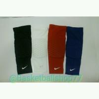 Leg Sleeve Padded Nike