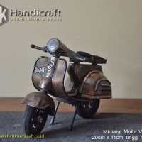 Miniatur Motor Vespa - Miniatur Vespa