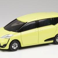 Diecast Miniatur Toyota Sienta