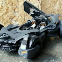 Jual Diecast Mobil Metal Batman / Miniatur / Replika Car Batmobile Murah