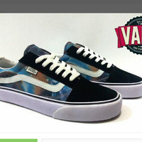 Sepatu Vans Old Skool Galaxy Hitam Motif/Casual/Distro/Import/ SPTK383