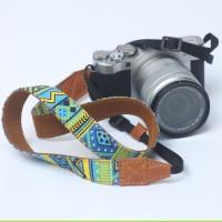 strap kamera motif tribal eibag 1604 D
