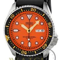 Jam Tangan Pria Seiko Divers SKX011J1 Automatic 200M Rubber Strap JDM