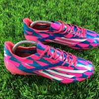 Sepatu Bola Adidas Adizero F50 Blue Pink