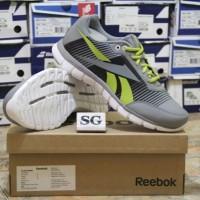 sepatu lari/running reebok z fusion inspired LP flat grey original