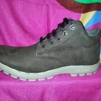 sepatu pantofel kickers/PDH levis/ boots/kerja/ kantoran/pantofel