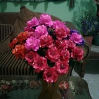 Bunga Mawar Akrilik