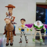 mainan action figure toy story set isi 4 buzzlightyear woodie jessie