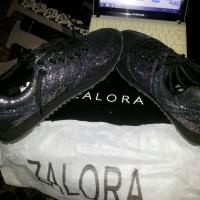 Sepatu kets/ sneakers glitter produk Zalora Size 39