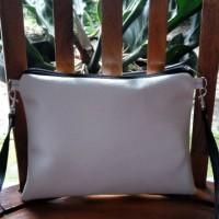 Sling Bag Vynil Putih | Tas Selempang Wanita | SlingBag Murah