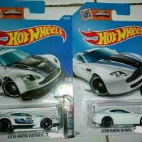 Paket Hot Wheels Aston Martin V8 Vantage & Vantage GT3 Putih Hotwheels