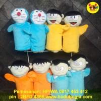 Boneka Tangan Doraemon/Nobita/Suneo/Giant/Kartun Jepang 25cm