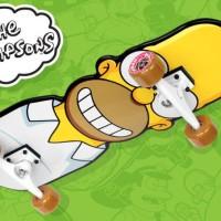 Santa Cruz Homer Simpsons Skateboard deck Complete Set Full Wheels