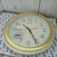 Seiko Wall Clock QXA578G Gold White Dial Lumibrite  Jam Dinding QXA578