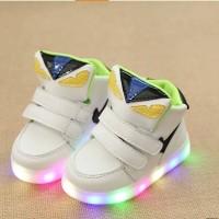 Jual SEPATU LAMPU FENDI PUTIH LED Shoes Anak Boots Karakter Diskon Import Murah