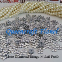 Mote Diamond Bunga Melati Putih