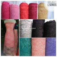 kain brocade L / lace / bahan kebaya / dress / kutu baru
