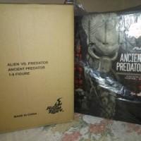 Hot toys Ancient predator AVP Exclusive 2014