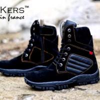 Sepatu Boots Kickers Delta Pria Warna Hitam Bahan Suede LB10866
