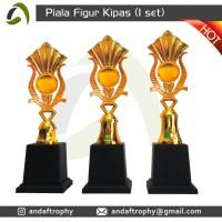 Piala/Trophy Figur Kipas 1 Set