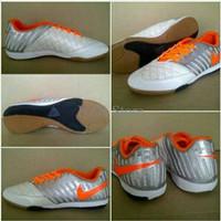 Promo Heboh sepatu futsal Nike Lunar Gato Silver orange Murah