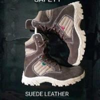 Sepatu kickers delta leather suede