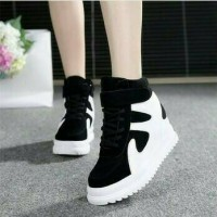 Harga boot sneakers savvy | antitipu.com