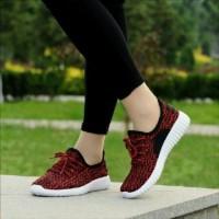 Jual sepatu kets yezzy wanita murah 736 merah (bukan nike/vans/adidas/puma) Murah