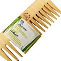 The Body Shop Detangling Comb | Sisir Kayu