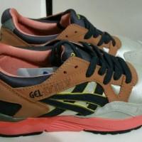 Sepatu Asics Gel Lyte V Midnight Bloom