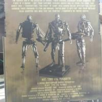 HOT TOYS 1/6th Scale Terminator Salvation : Endoskeleton T600B