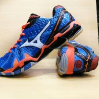 Sepatu Mizuno Tornado 9 low volly ball