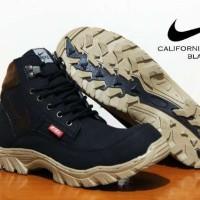 harga Sepatu Pria Nike California Asli Import 100% Boot Safety Tokopedia.com