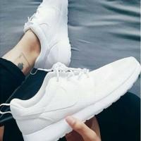 Sepatu Nike Roshe Run Full White Grade Original