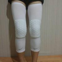 nike leg padded sleeve white