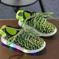 Sepatu walker anak import kets hijau green leopard tali ada lampu LED