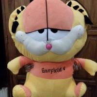 Boneka Garfield