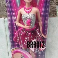 Boneka Barbie Rock in Royals - Original