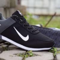 Sepatu Nike Jogging Revolution Premium (PROMO)